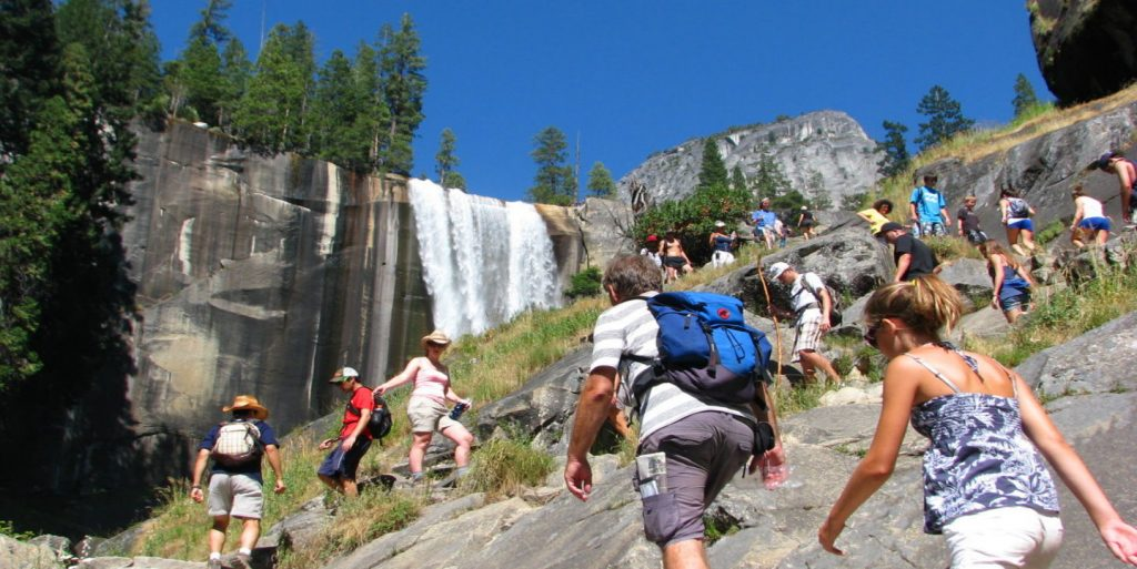 yosemite-waterfalls-hikes